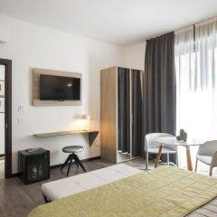Hotel Bernina 3* Улучшенный номер с двуспальной кроватью фото 10