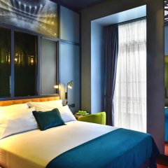 Отель Pestana CR7 Lisboa 4* Стандартный номер с различными типами кроватей фото 10