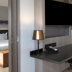Отель Hilton Helsinki Strand 4* Улучшенный люкс с различными типами кроватей фото 10