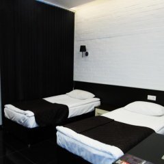 Гостиница Гараж комната для гостей фото 2