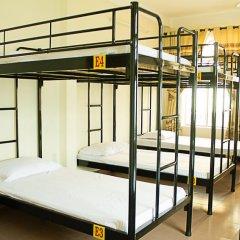 Отель T.M Camel Backpacker Nha Trang Кровать в общем номере с двухъярусной кроватью