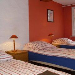Отель Pokoje Goscinne Irene Номер с общей ванной комнатой с различными типами кроватей (общая ванная комната) фото 2
