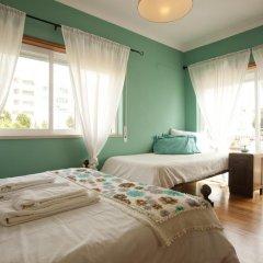 Хостел Ericeira Chill Hill Hostel & Private Rooms Стандартный номер с различными типами кроватей фото 3