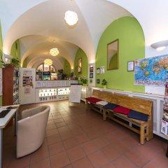 Отель Hostel Mango Чехия, Прага - 7 отзывов об отеле, цены и фото номеров - забронировать отель Hostel Mango онлайн интерьер отеля