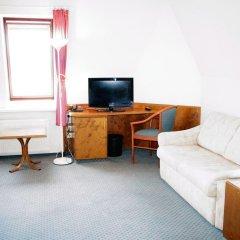 Entrée Hotel Glinde 3* Стандартный номер с 2 отдельными кроватями (общая ванная комната) фото 11