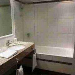 Отель Best Western Hôtel Victor Hugo 4* Стандартный номер с различными типами кроватей фото 5