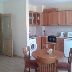 Апартаменты Sunny Fort Apartment Солнечный берег в номере