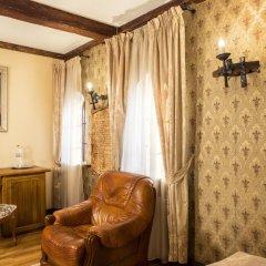 Historical Hotel Fortetsya Hetmana 4* Люкс с различными типами кроватей фото 8