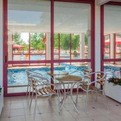 Отель Longozа Hotel - Все включено Болгария, Солнечный берег - отзывы, цены и фото номеров - забронировать отель Longozа Hotel - Все включено онлайн бассейн фото 3