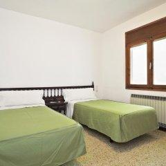 Отель Hostal Apolo XI Испания, Аинса - отзывы, цены и фото номеров - забронировать отель Hostal Apolo XI онлайн комната для гостей фото 2