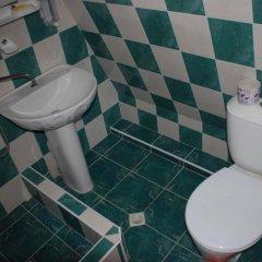 Гостиница Korall Pansionat в Сочи отзывы, цены и фото номеров - забронировать гостиницу Korall Pansionat онлайн ванная