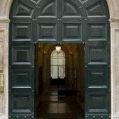 Отель Domus Borgognona Италия, Рим - отзывы, цены и фото номеров - забронировать отель Domus Borgognona онлайн интерьер отеля