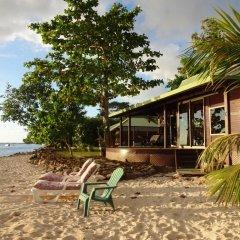 Отель Robinson's Cove Villas - Deluxe Wallis Villa Французская Полинезия, Муреа - отзывы, цены и фото номеров - забронировать отель Robinson's Cove Villas - Deluxe Wallis Villa онлайн пляж