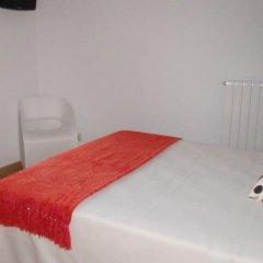 Отель El Mirador de Ainsa Испания, Аинса - отзывы, цены и фото номеров - забронировать отель El Mirador de Ainsa онлайн комната для гостей фото 2