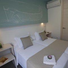 Отель Hostal la Pasajera Испания, Кониль-де-ла-Фронтера - отзывы, цены и фото номеров - забронировать отель Hostal la Pasajera онлайн комната для гостей фото 3