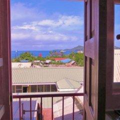 Отель Sunset Hill Lodge балкон