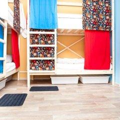Гостиница Hostels Rus Vnukovo Кровати в общем номере с двухъярусными кроватями