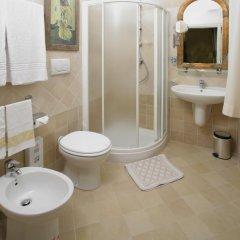 Hotel Berna 2* Стандартный номер с различными типами кроватей фото 6