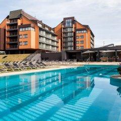 Отель Vanagupe Hotel Литва, Паланга - отзывы, цены и фото номеров - забронировать отель Vanagupe Hotel онлайн бассейн