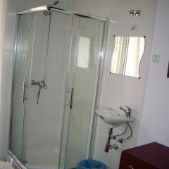 Отель Pensao Residencial Camoes 2* Стандартный номер с различными типами кроватей фото 4