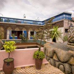 Hotel Riad Fantasia бассейн