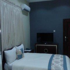 Conference Hotel & Suites Ijebu сейф в номере
