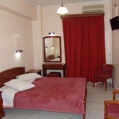 Cosmos Hotel 2* Улучшенный номер с двуспальной кроватью