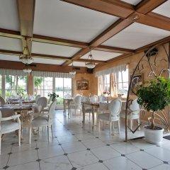 Отель Viva Trakai Литва, Тракай - отзывы, цены и фото номеров - забронировать отель Viva Trakai онлайн гостиничный бар