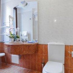 Hotel La Fenice Et Des Artistes 3* Стандартный номер с различными типами кроватей фото 7