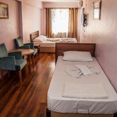 Orient Hostel Люкс разные типы кроватей фото 3