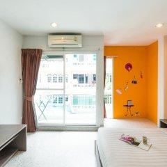 Отель The Fifth Residence 3* Улучшенный номер с двуспальной кроватью фото 4