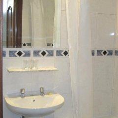 Отель Hostal Gonzalo Мадрид ванная