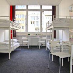 Check In Hostel Berlin Кровать в общем номере с двухъярусной кроватью фото 3