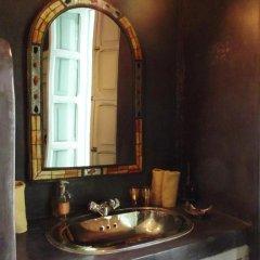 Отель Riad Helen Марокко, Марракеш - отзывы, цены и фото номеров - забронировать отель Riad Helen онлайн ванная