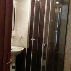 Отель Centrale Guesthouse Армения, Джермук - отзывы, цены и фото номеров - забронировать отель Centrale Guesthouse онлайн ванная фото 2