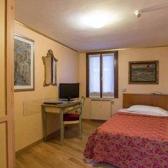 Hotel La Fenice Et Des Artistes 3* Стандартный семейный номер с двуспальной кроватью фото 4