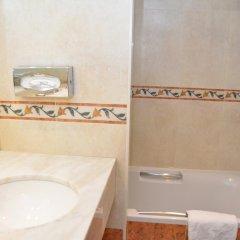 Отель Academie Бельгия, Брюгге - 12 отзывов об отеле, цены и фото номеров - забронировать отель Academie онлайн ванная