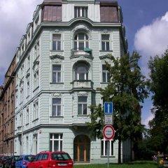 Hostel Mikoláše Alše Кровать в общем номере фото 2