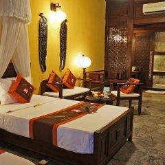 Vinh Hung Heritage Hotel 2* Люкс с различными типами кроватей фото 5