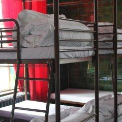 Отель Restup London Кровать в общем номере фото 23