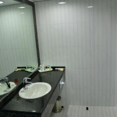 Отель Imperial Suites Hotel ОАЭ, Дубай - отзывы, цены и фото номеров - забронировать отель Imperial Suites Hotel онлайн ванная фото 2