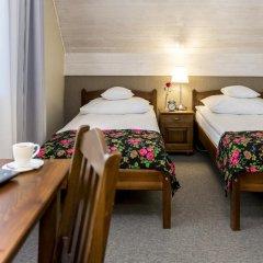 Отель Rezydencja Sienkiewiczówka 3* Номер категории Премиум с различными типами кроватей фото 3