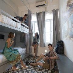Отель Cacha bed Кровать в общем номере с двухъярусной кроватью