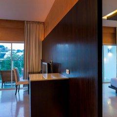 Отель Chanalai Romantica Resort Kata Beach - Adult Only в номере фото 2