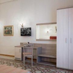 Отель Domus Napoleone 3* Стандартный номер с различными типами кроватей фото 3