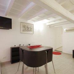 Отель Via Del GesÙ Holiday Home Рим комната для гостей фото 3