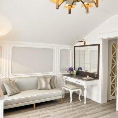 Mirrors Hotel 4* Люкс с различными типами кроватей фото 4