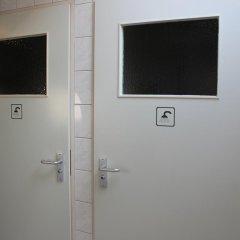 Hotel Asselt 3* Номер с общей ванной комнатой с различными типами кроватей (общая ванная комната) фото 2