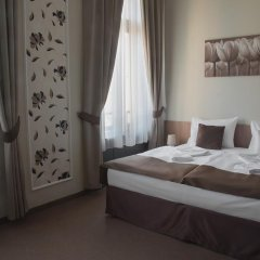 Отель Erzsebet Kiralyne (Queen Elizabeth) Годолло комната для гостей