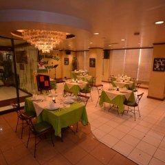 Отель Rosas Garden Hotel Филиппины, Манила - отзывы, цены и фото номеров - забронировать отель Rosas Garden Hotel онлайн питание фото 3